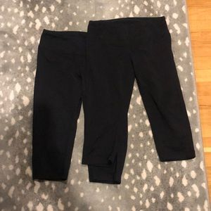 Lot of 2 Zella Capri - size small
